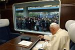 Pope aboard train (1)